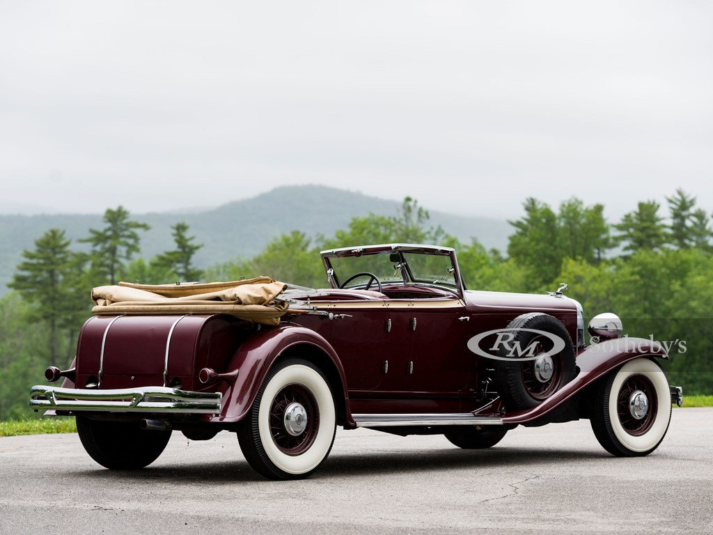 1932 Chrysler CL Imperial Dual-Windshield Phaeton by LeBaron For Sale by Auction (picture 2 of 6)