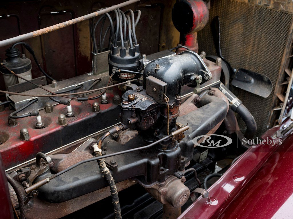 1932 Chrysler CL Imperial Dual-Windshield Phaeton by LeBaron For Sale by Auction (picture 3 of 6)