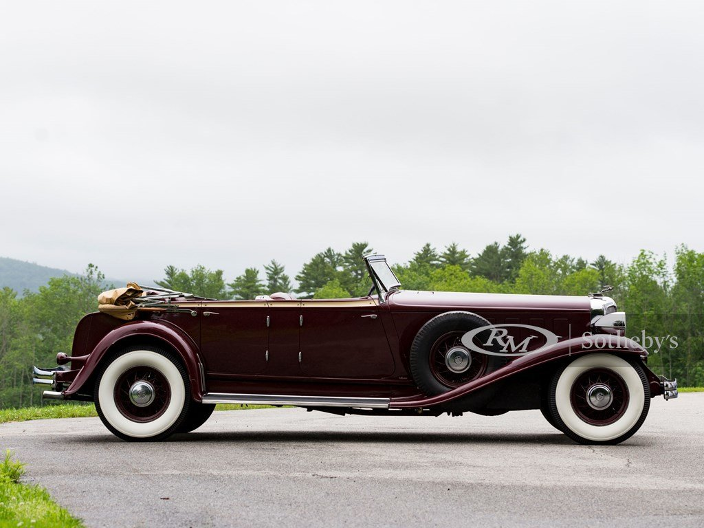 1932 Chrysler CL Imperial Dual-Windshield Phaeton by LeBaron For Sale by Auction (picture 5 of 6)