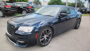 Rare RHD Chrysler 300 SRT 6.4L V8