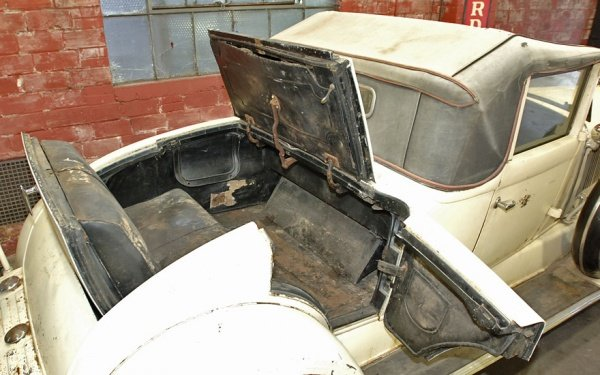 1930 Chrysler Imperial Dual Sidemount/Rumble Seat Convert For Sale (picture 3 of 5)
