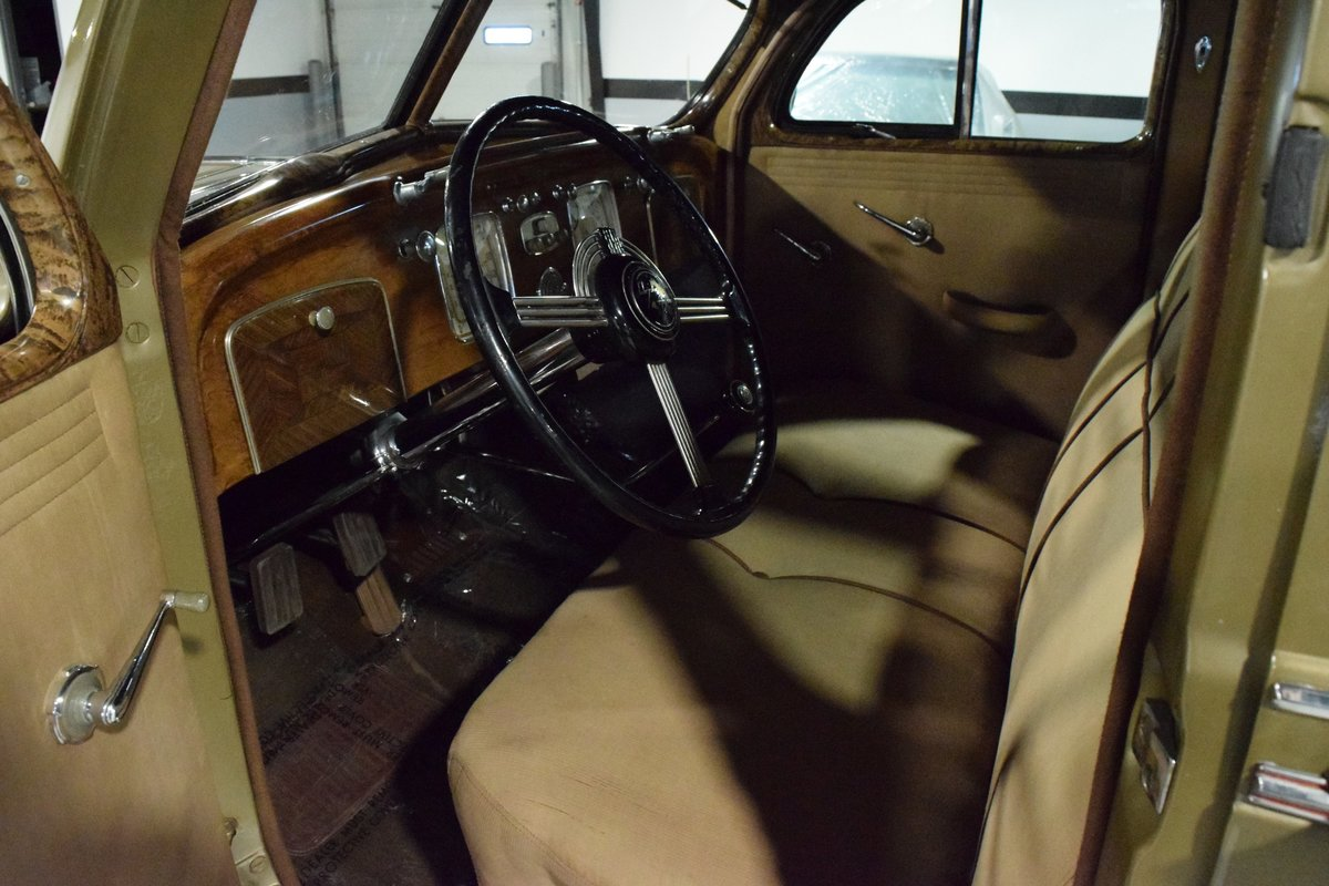 1936 Chrysler Imperial Airflow For Sale (picture 4 of 12)