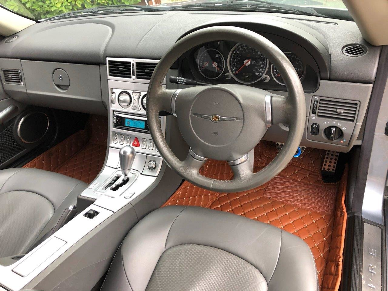 2003 Chrysler Crossfire 3.2i V6 Coupe 5-Speed Automatic SOLD (picture 10 of 12)