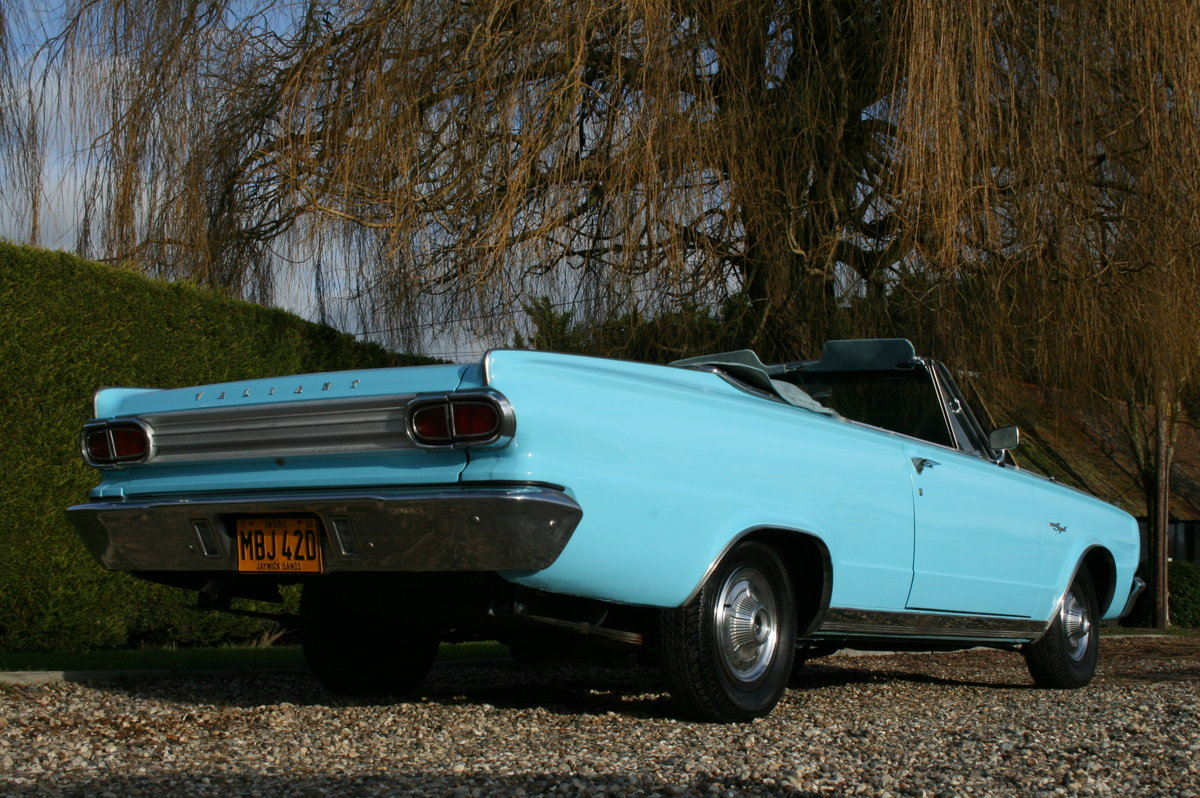 1966 Plymouth Chrysler Valiant Signet Convertible RHD UK Car. For Sale (picture 4 of 20)