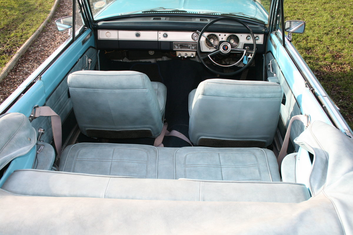 1966 Plymouth Chrysler Valiant Signet Convertible RHD UK Car. For Sale (picture 10 of 20)