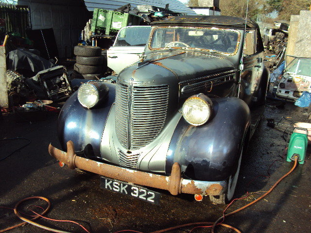 1938 CHRYSLER royal CONVERT BARN FIND  VERY SOLID RHD RUNS WELL For Sale (picture 1 of 12)