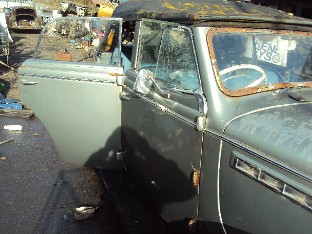 1938 CHRYSLER royal CONVERT BARN FIND  VERY SOLID RHD RUNS WELL For Sale (picture 6 of 12)