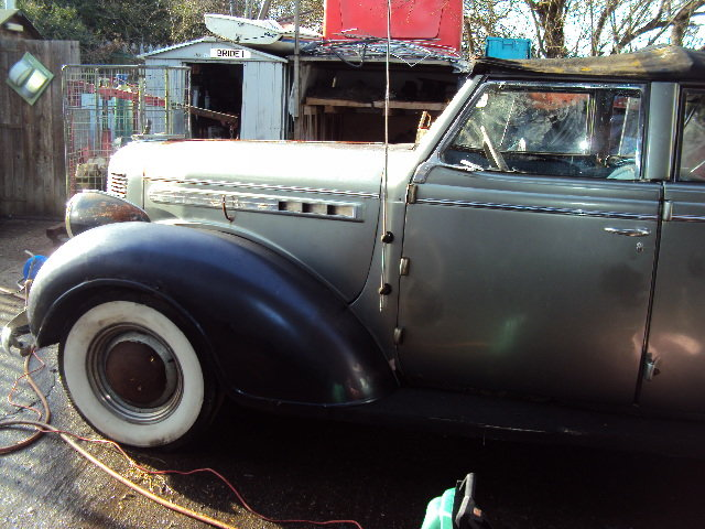 1938 CHRYSLER royal CONVERT BARN FIND  VERY SOLID RHD RUNS WELL For Sale (picture 11 of 12)