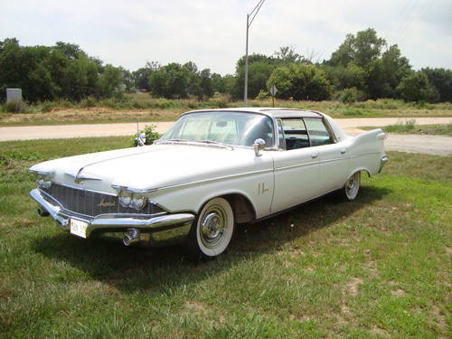 1960 Imperial LeBaron 4DR HT For Sale (picture 1 of 6)