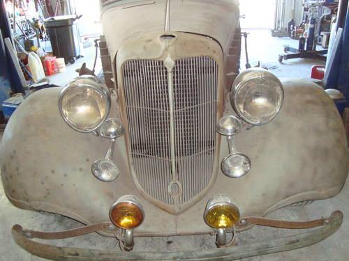 1933 Chrysler 4DR Sedan For Sale (picture 1 of 6)