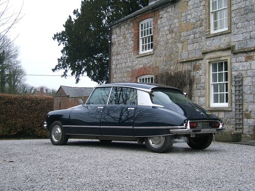 VERY RARE 1972 CITROEN DS23 PALLAS WITH AIRCON,60k miles For Sale (picture 2 of 6)