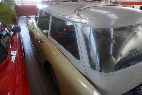 1970 Citroen DS Familiare complete original car SOLD (picture 3 of 6)
