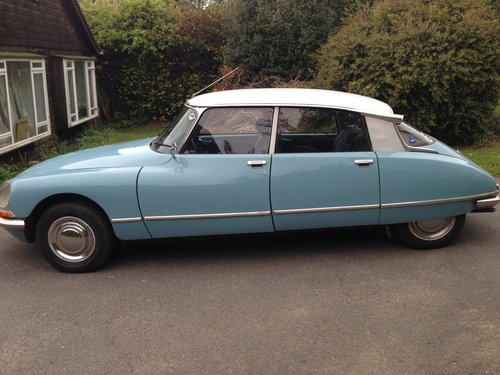 DS 20 Confort 1973 - L/H Drive, Blue, 72k miles  SOLD (picture 2 of 6)