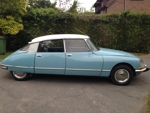 DS 20 Confort 1973 - L/H Drive, Blue, 72k miles  SOLD (picture 3 of 6)