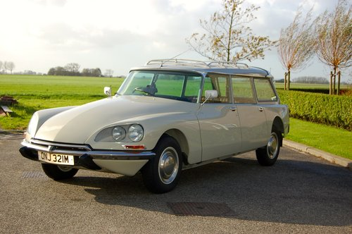 1973 Citroen DS23 Safari Manual Totally restored For Sale (picture 1 of 6)