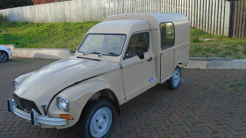 1982 citroen acadiane SOLD (picture 1 of 6)