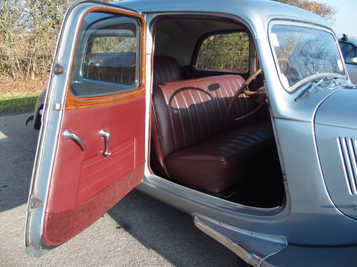 1953 One of the best Traction Light 15s you will find SOLD (picture 5 of 6)