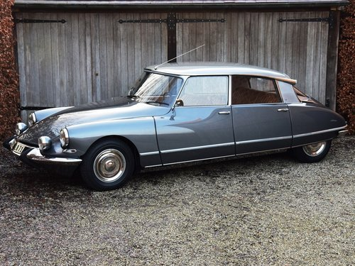 1965 Completely restored Citroën DS21 Pallas SOLD (picture 1 of 6)