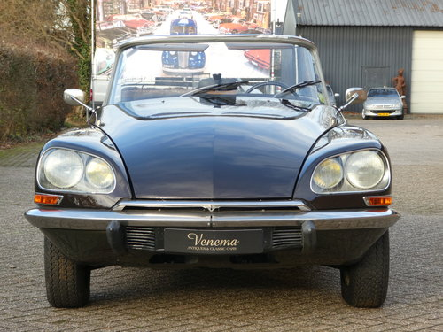 1973 Citroen DS Convertible Chapron SOLD (picture 2 of 6)