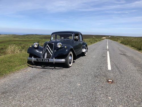 1955 Time warp Citroen Traction Avant only 30k mi For Sale (picture 1 of 6)