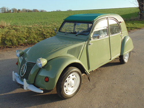 1962 Citroen 2CV SOLD (picture 1 of 6)