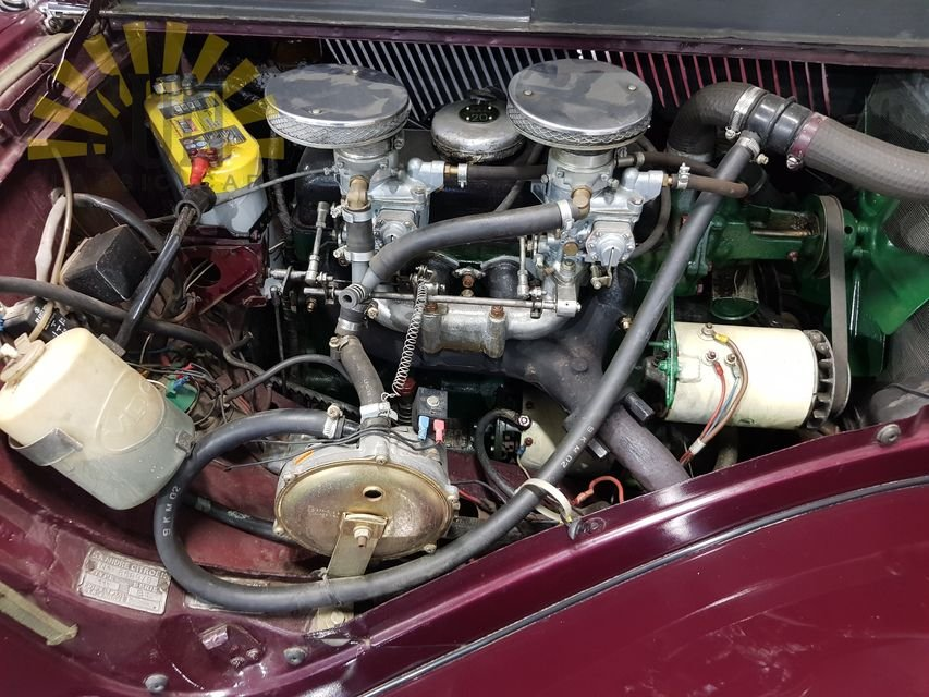 Citroen Traction Avant 1955 Burgundy red For Sale (picture 6 of 6)