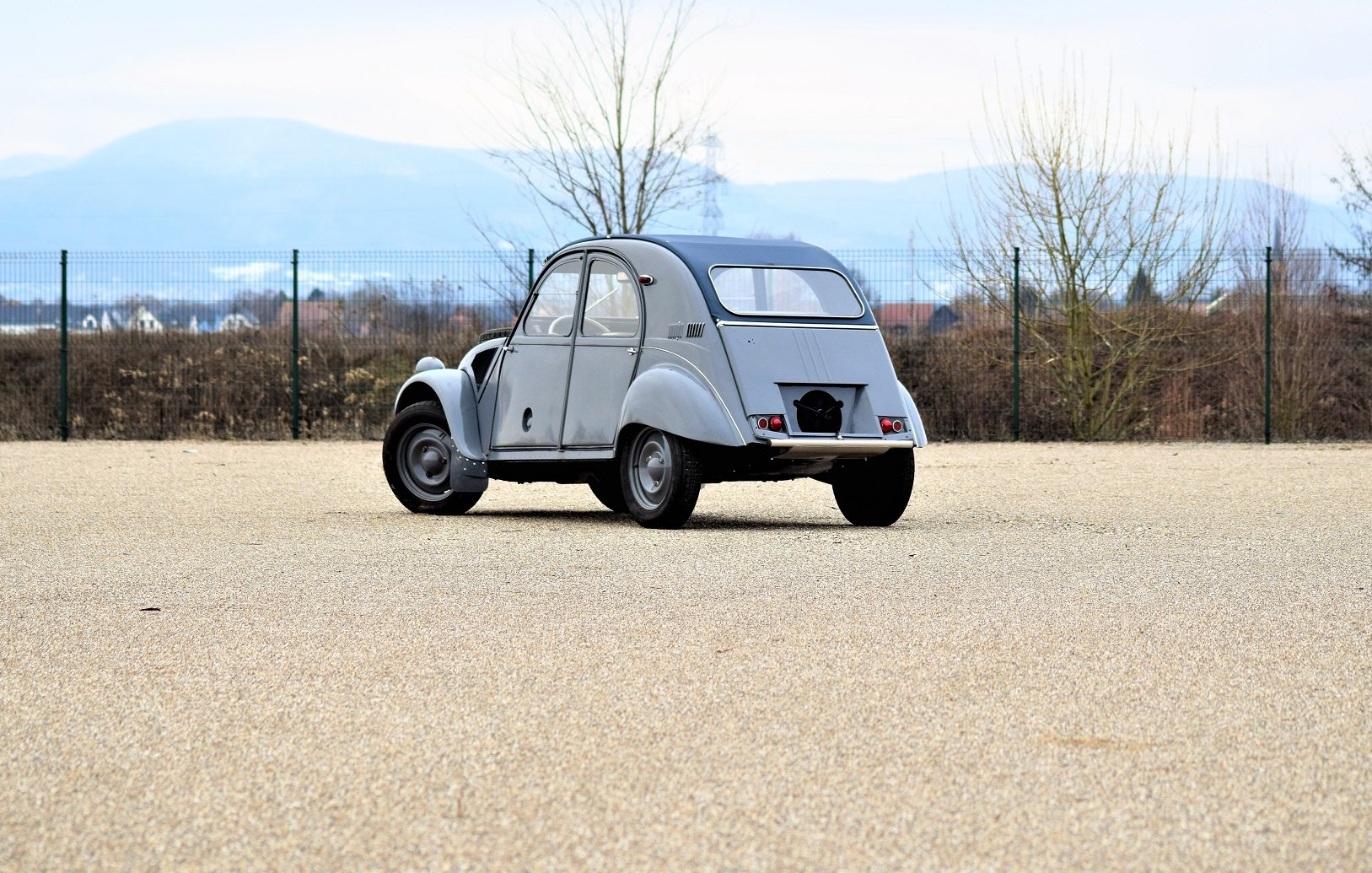 1961 - Citroën 2CV Sahara For Sale by Auction (picture 2 of 5)