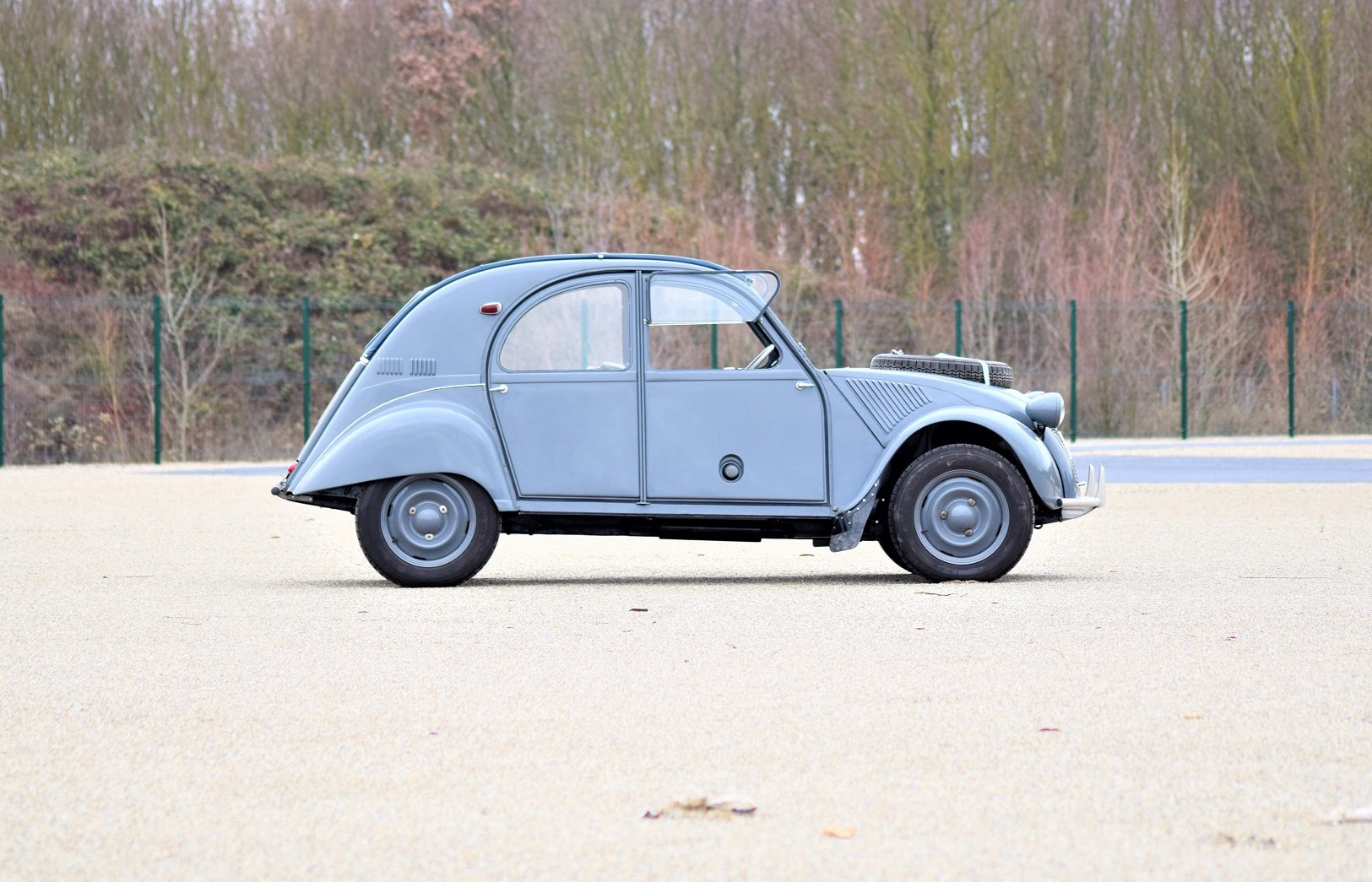 1961 - Citroën 2CV Sahara For Sale by Auction (picture 3 of 5)