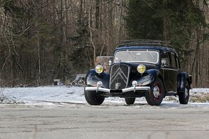 1939 - Citroën Traction 15-6 Familiale SOLD by Auction