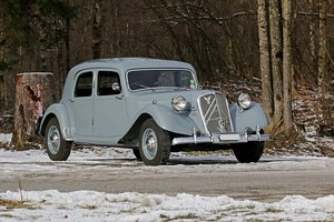 1952 - Citroën Traction Big Six RHD Slough For Sale by Auction