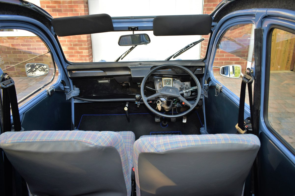 1987 Fully renovated 2CV Special  For Sale (picture 4 of 6)