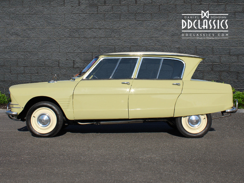 1963 Citroen Ami 6 Concours example (LHD) For Sale (picture 2 of 6)