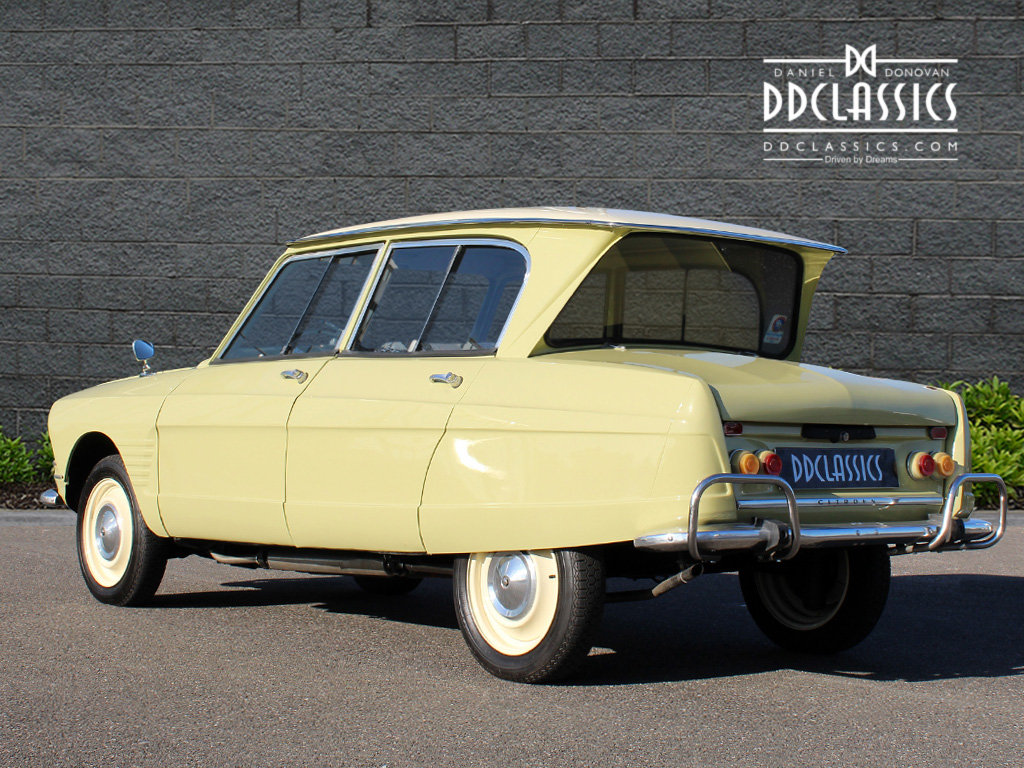 1963 Citroen Ami 6 Concours example (LHD) For Sale (picture 3 of 6)