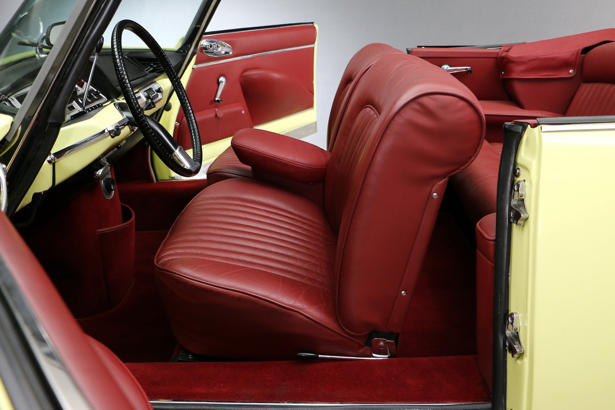 1969 Citroen DS Convertible Palm Beach For Sale (picture 4 of 6)