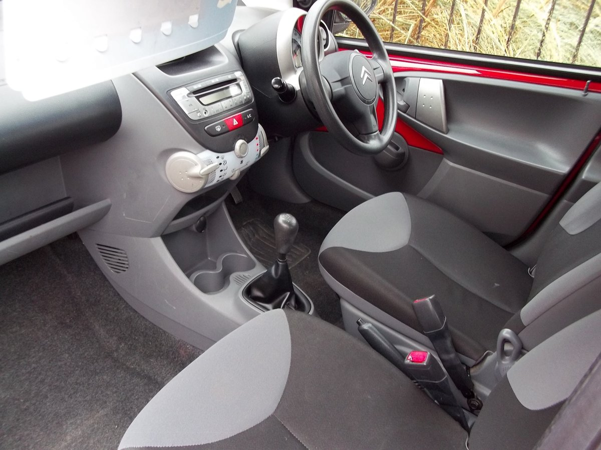 2011 Citroen C1 1.0 VTR For Sale (picture 2 of 4)