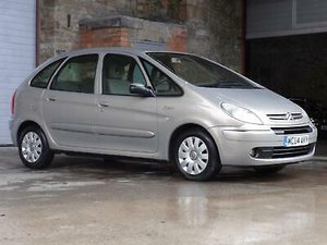 Picture of 2004 Citroen Xsara Picasso 1.6 i Exclusive 5DR SOLD