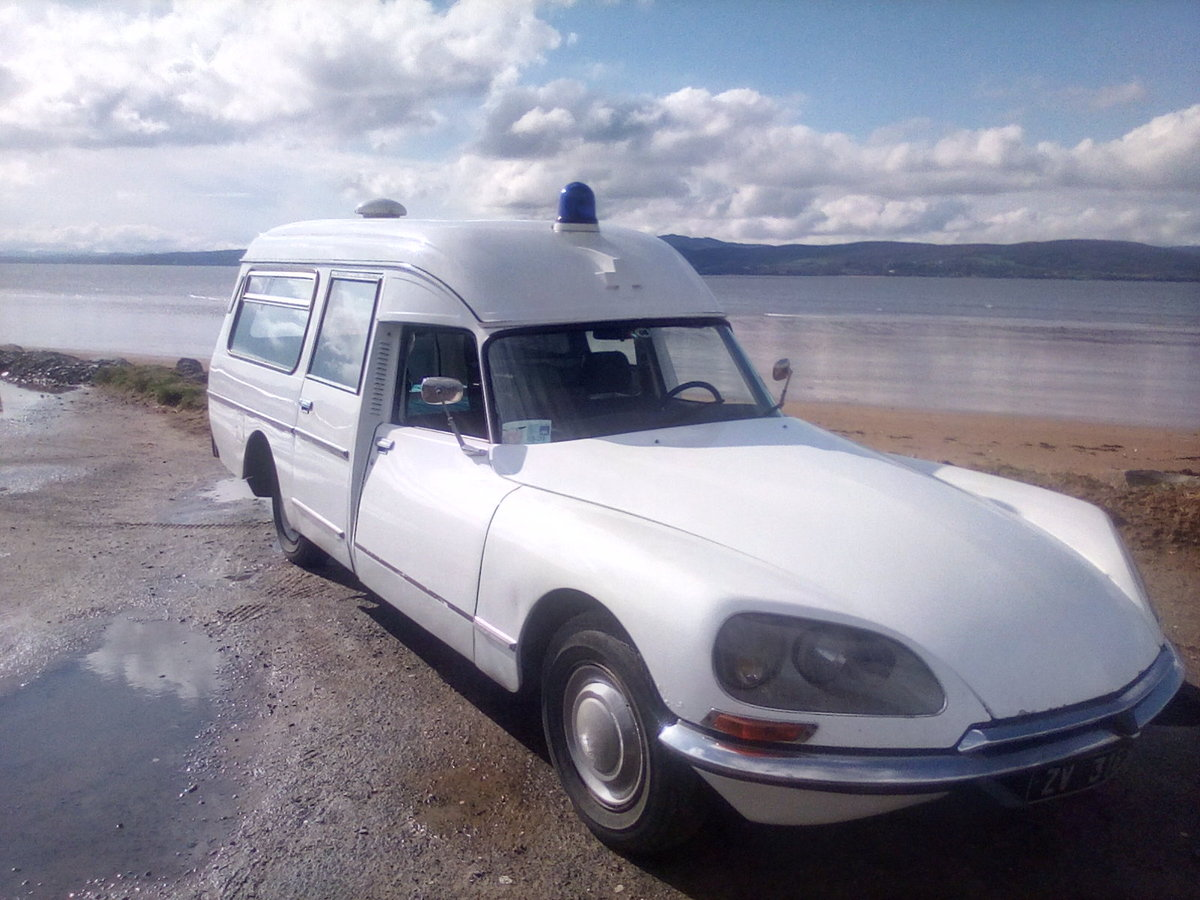1975 Citroen DS Ambulance For Sale (picture 1 of 6)