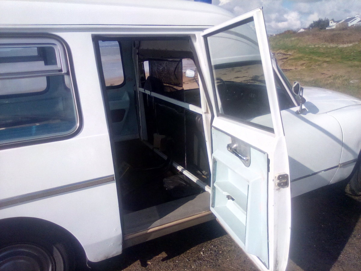 1975 Citroen DS Ambulance For Sale (picture 5 of 6)