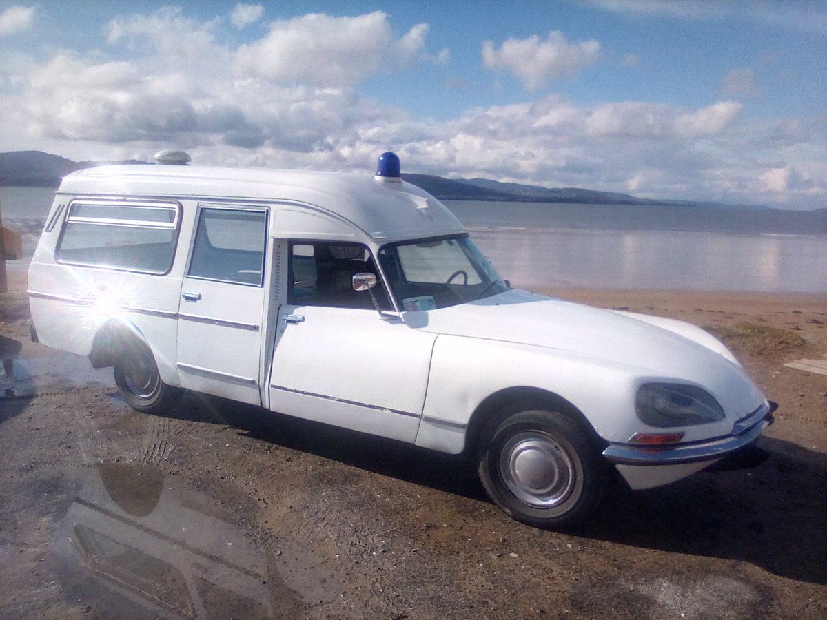 1975 Citroen DS Ambulance For Sale (picture 6 of 6)