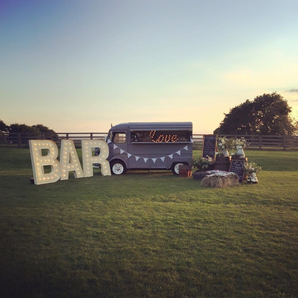 1975 Citroen HY classic mobile cafe bar For Sale (picture 2 of 6)