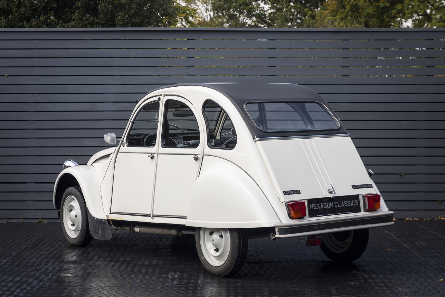 1988 Citreon 2CV CLUB LHD SOLD (picture 2 of 23)
