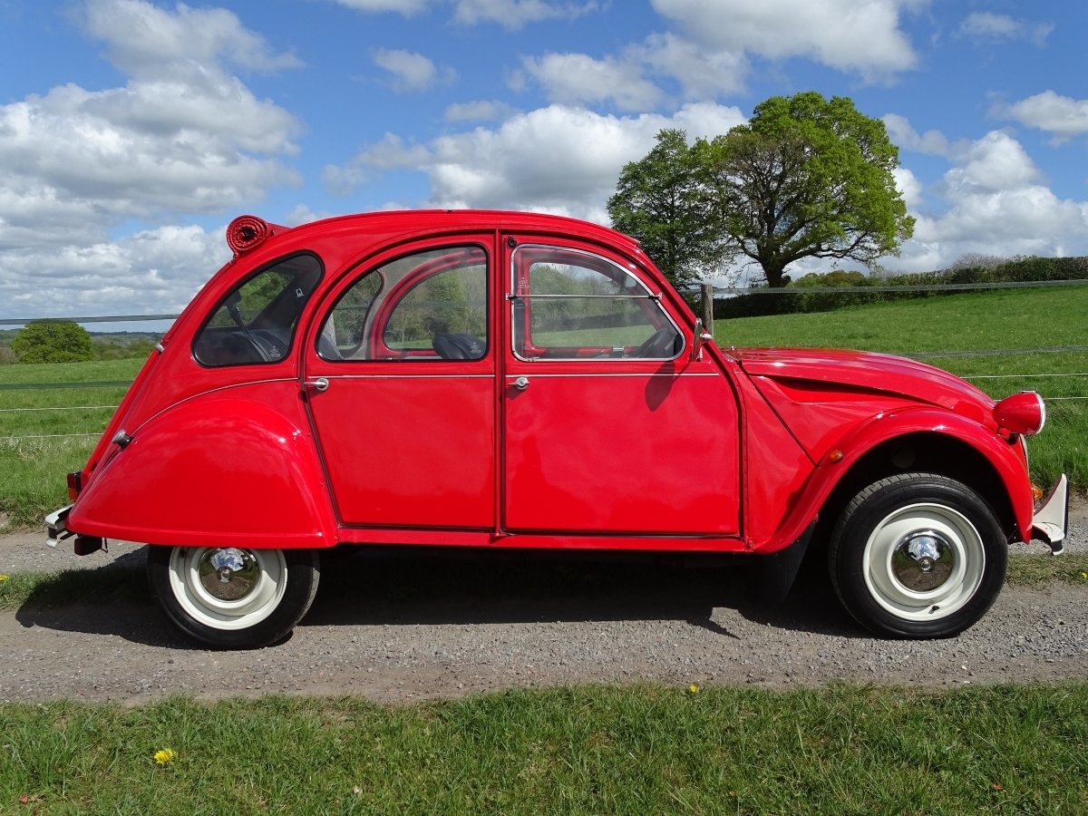 1988 Superb Citroen 2CV6,only 33000 miles and 3 owners from new! SOLD (picture 1 of 6)
