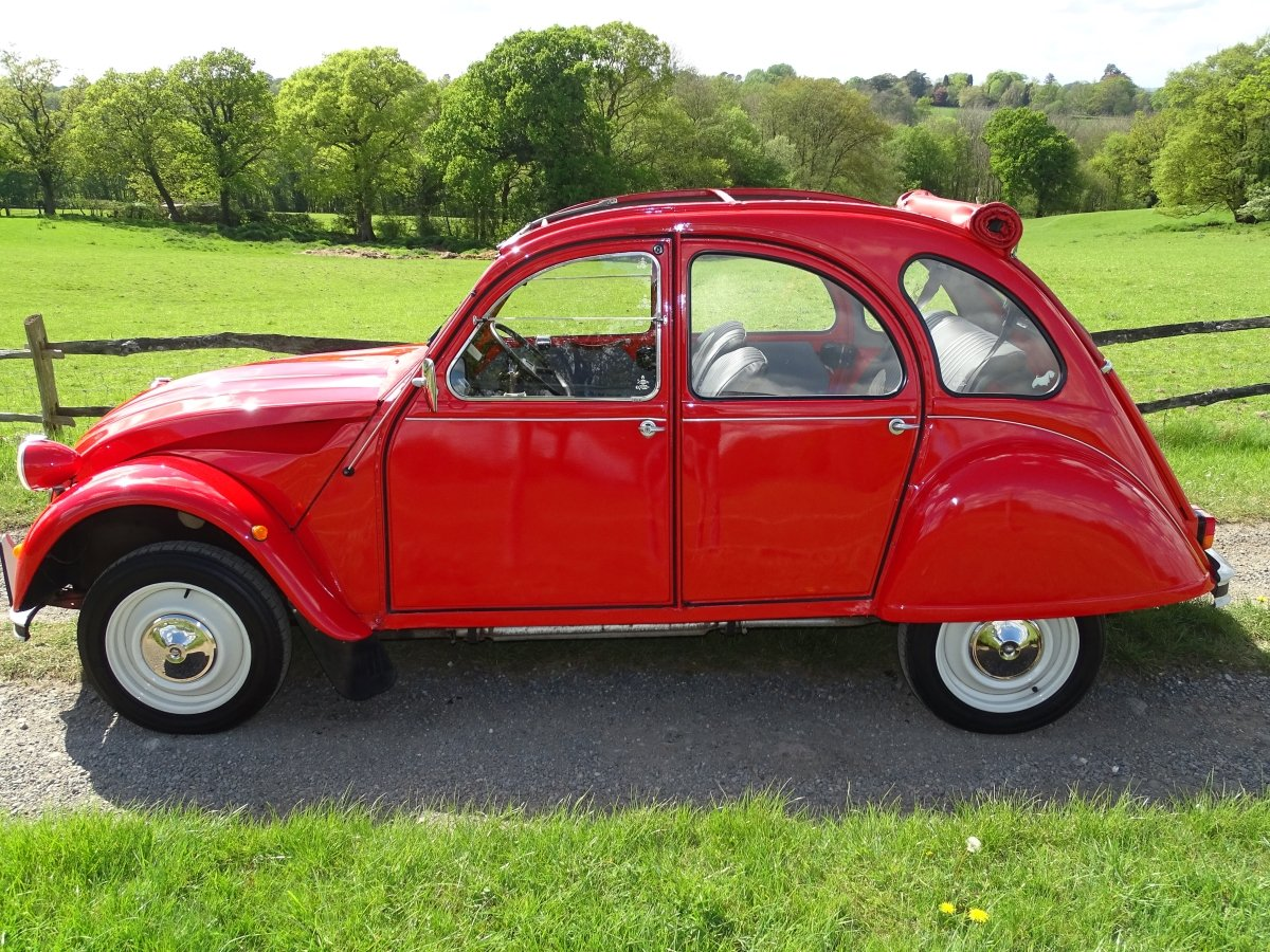 1988 Superb Citroen 2CV6,only 33000 miles and 3 owners from new! SOLD (picture 2 of 6)