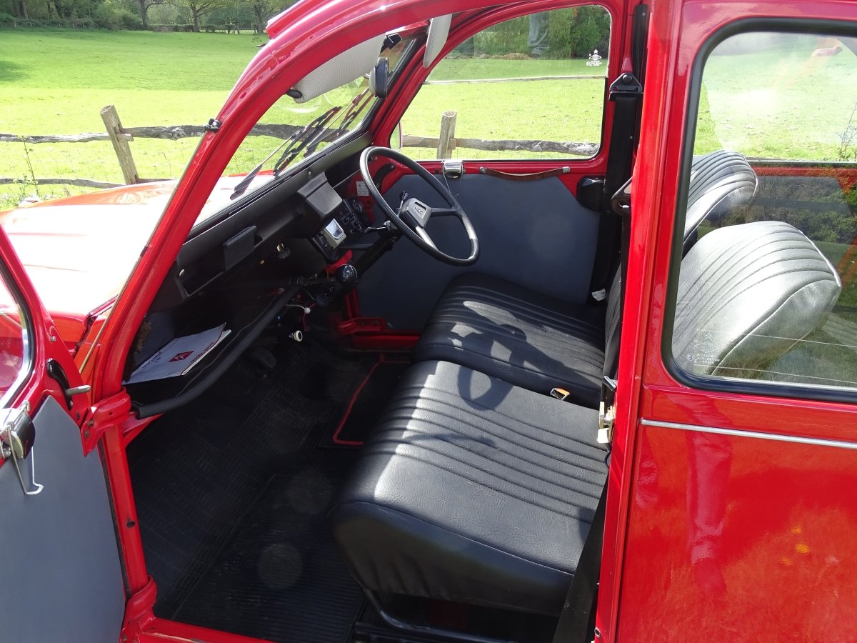 1988 Superb Citroen 2CV6,only 33000 miles and 3 owners from new! SOLD (picture 5 of 6)