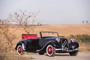 1939 Citroën Traction 11 B cabriolet For Sale by Auction