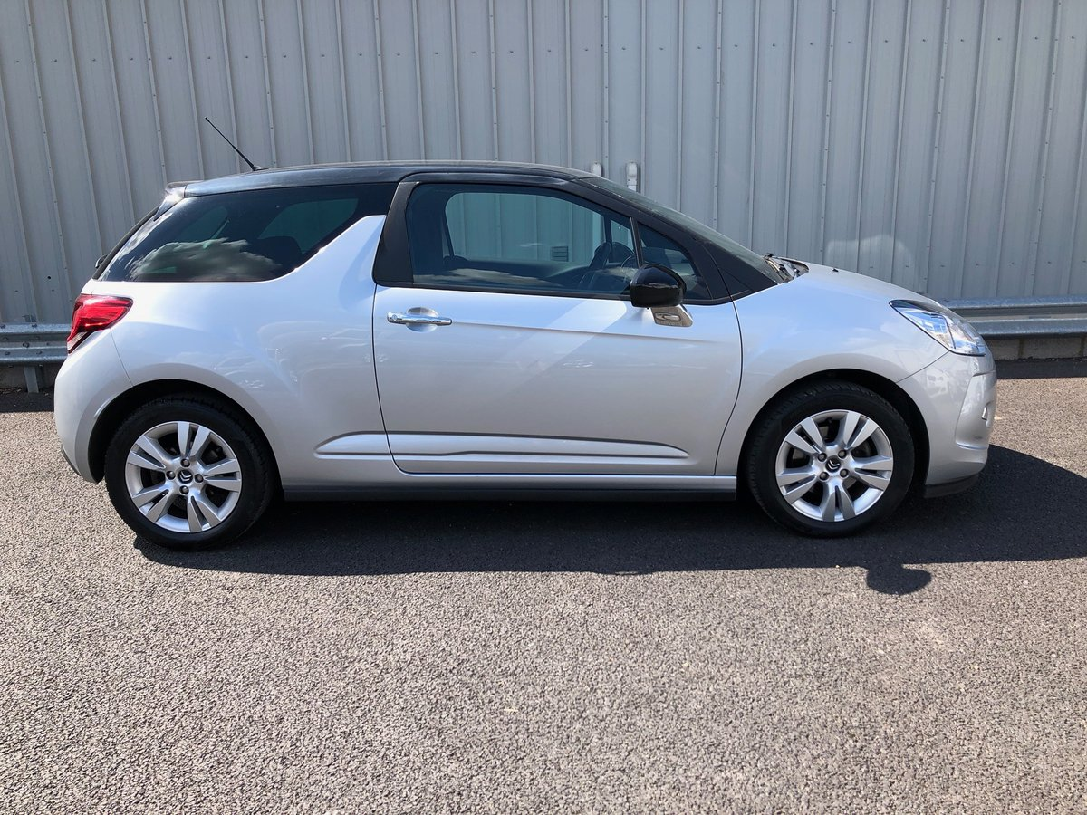 2011 11 CITROEN DS3 1.6 16V PETROL DSTYLE AUTO 120 BHP SOLD (picture 2 of 6)
