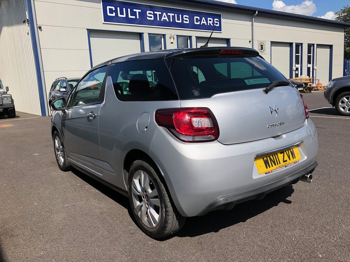 2011 11 CITROEN DS3 1.6 16V PETROL DSTYLE AUTO 120 BHP SOLD (picture 4 of 6)