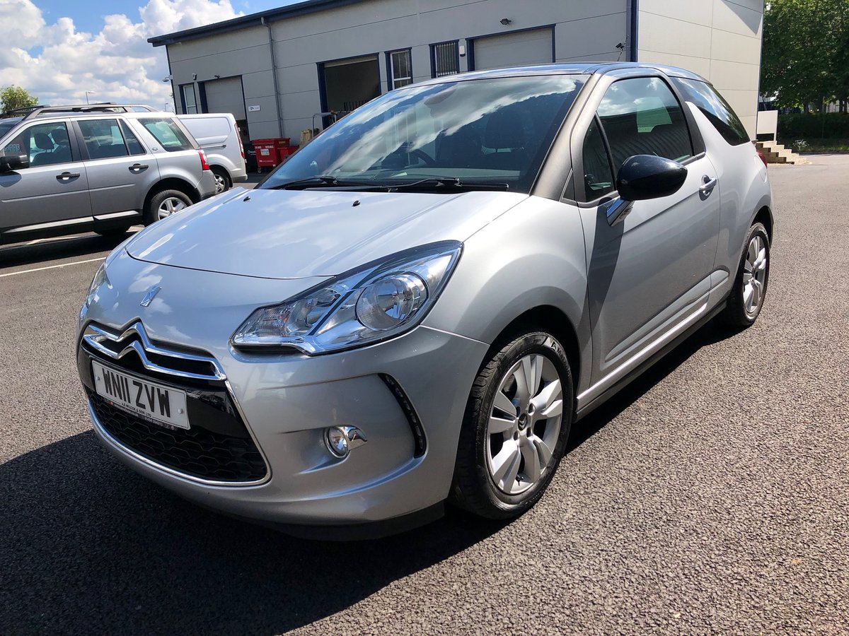 2011 11 CITROEN DS3 1.6 16V PETROL DSTYLE AUTO 120 BHP SOLD (picture 5 of 6)
