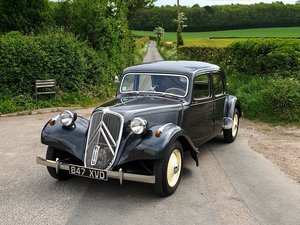 1954 CITROEN TRACTION - Fully Serviced with report