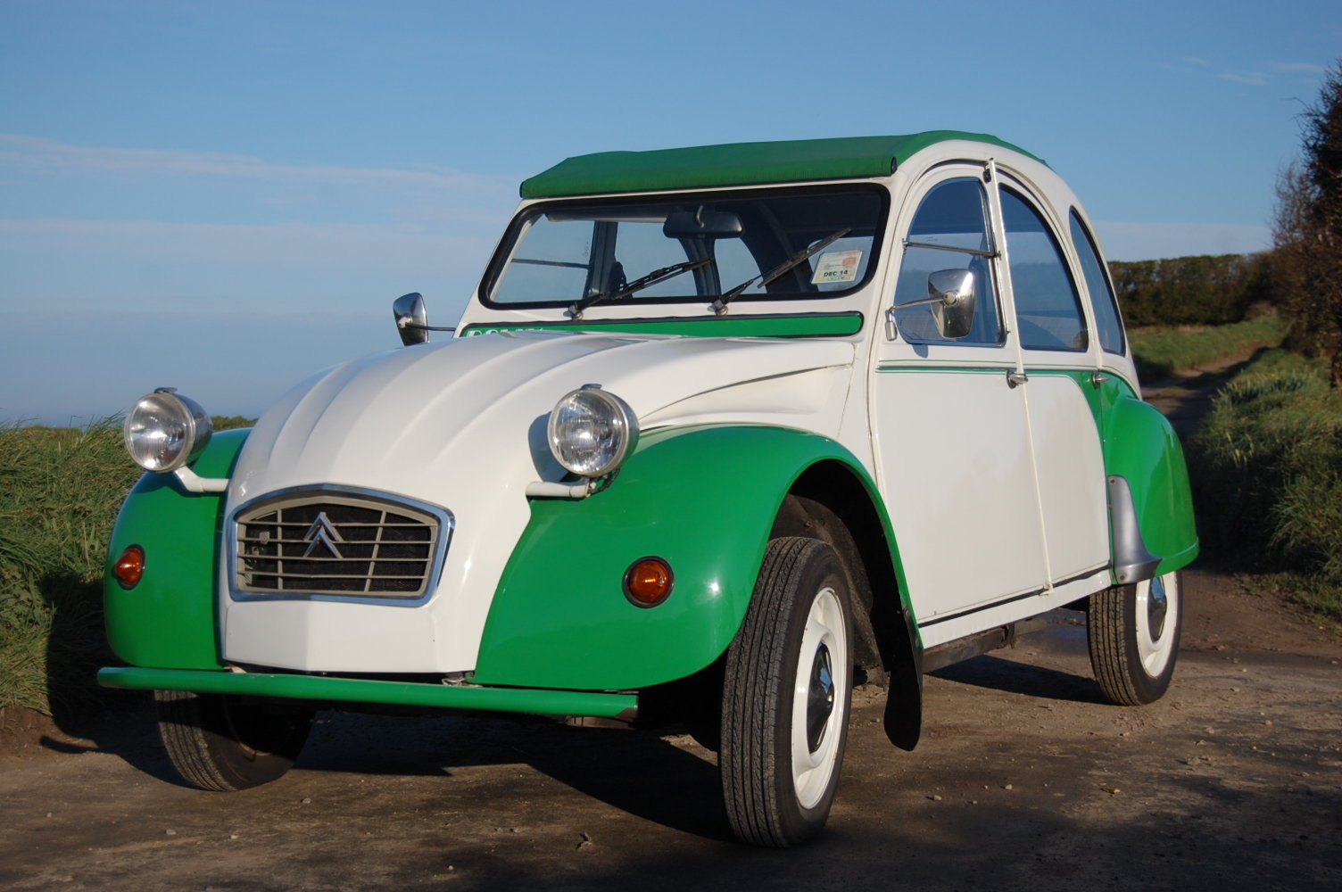 1989 Citroen 2CV Dolly for hire at Jersey Classic Hire.Com For Hire (picture 1 of 6)